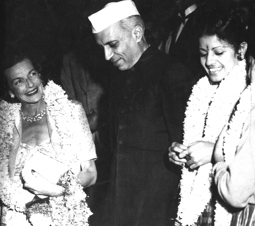 With Lady Mountbatten and Pt. Nehru at the Delhi premiere of Hindi Meera in 1947