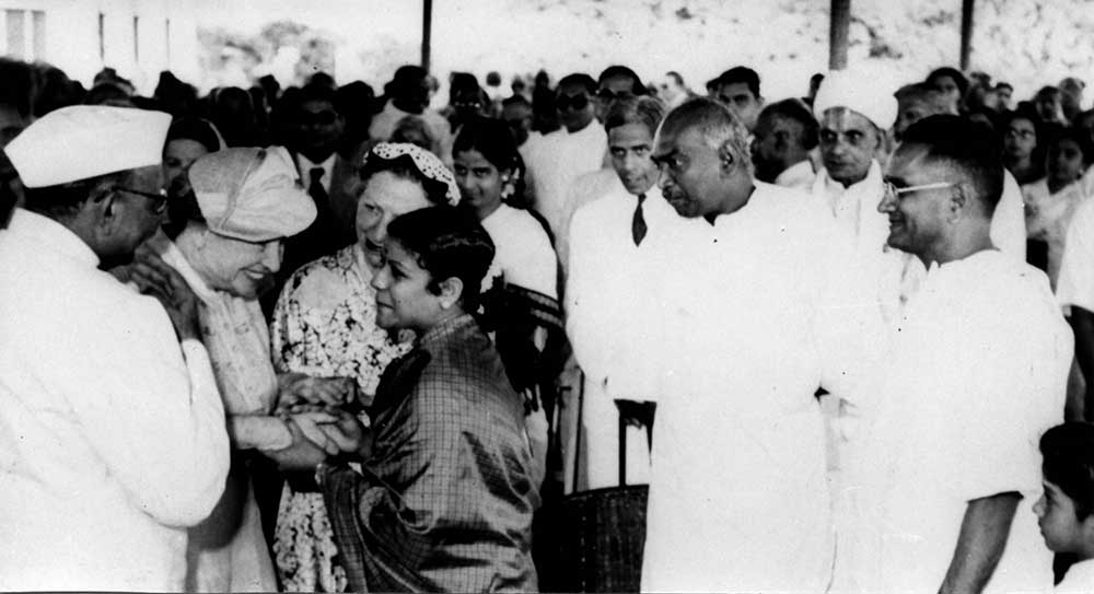 Meeting Helen Keller on her visit to Madras.Behind MS is Shri Kamaraj in 1955
